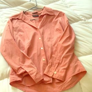 Salmon NY&CO stretch button up blouse. Gently used
